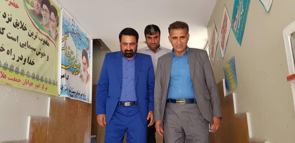 گزارش تصویری از دیدار شهرداردوگنبدان و اعضای شورای شهر با رئیس جمعیت هلال احمر به مناسبت روز جهانی صلیب سرخ