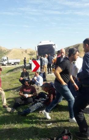 تصادف اتوبوس کارکنان نفت و گاز گچساران با ۸ مصدوم