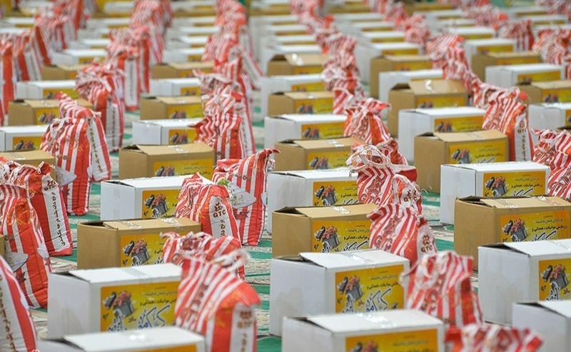 توزیع ۱۰۰۰ بسته غذایی بین اقشار آسیب پذیر توسط کانون شهید باکری